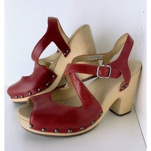 UGG Strappy Red Clogs Size 9